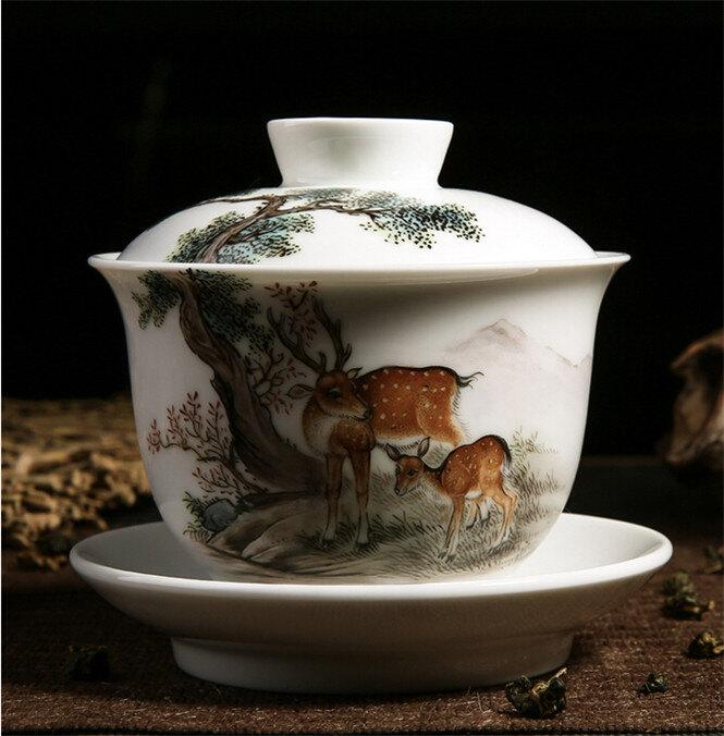 China Cup And Saucer For Tea Ceramic Gaiwan Famille Rose Technique Hand Painted Sika Deer