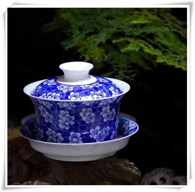 Porcelain Tea Cup Saucer Gaiwan Teacup Saucer Chinese Tea Cup With Lid Gift For Best Friends