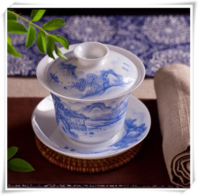 Porcelain Cup And Saucer With Hand Painted Traditional Chinese Realistic Painting Landscape Chinese Gaiwan